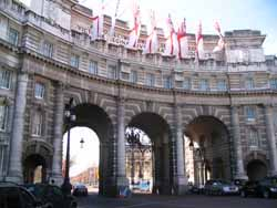 Admiralty Arch - entrance from Trafalgar Square to St.James`s Park